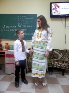 ас. Равлів Ю.А. з сином Станіславом, вірш «Мамо»