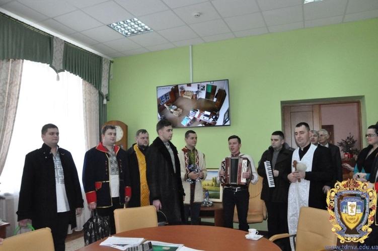 Щирі побажання колективу ТДМУ висловили представники Тернопільської вищої духовної семінарії